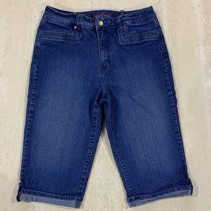 Gloria Vanderbilt jeans capris